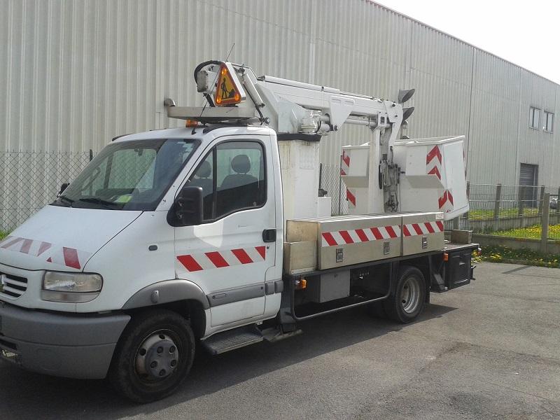 Un camion de chantier